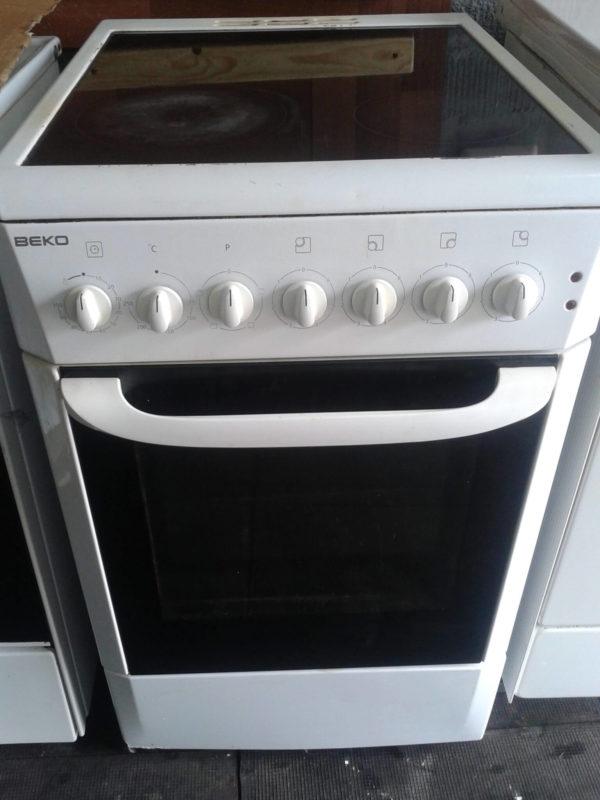 Стеклокерамическая плита BEKO