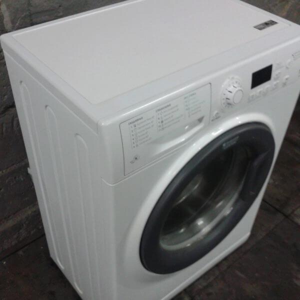 Стиральная машинка Hotpoint-Ariston WMSD 7126 B