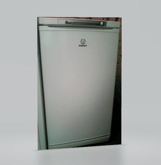 Морозильная камера Indesit SFR100