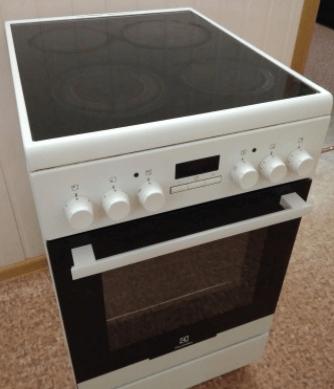 Стеклокерамическая электроплита Electrolux ekc954510w