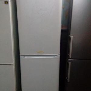 Двух камерный холодильник Аристон